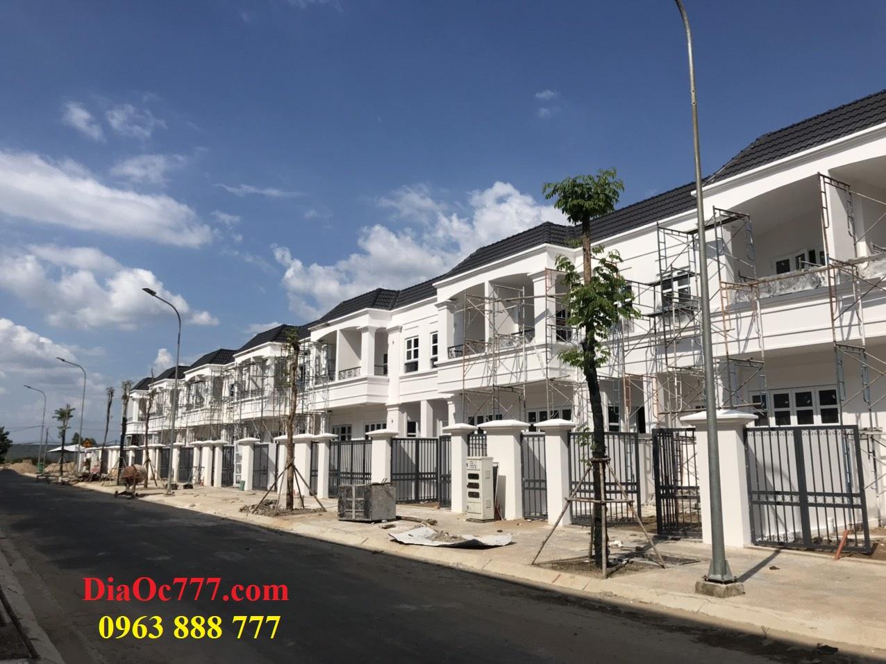 Bán nhà phố liền kề 2 tầng tại dự án Thăng Long Home 194 m2 Nhơn Trạch